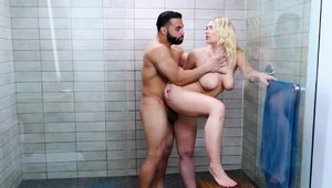 Hadley Viscara Hot Shower Sex